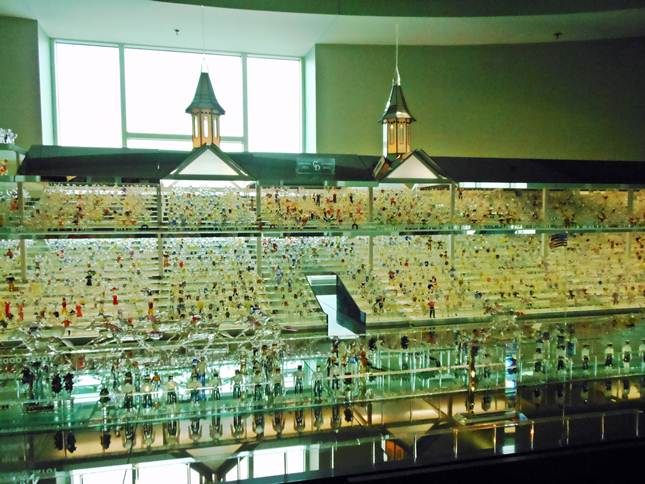 glass Churchill Downs