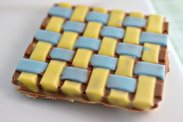 basket weave chocolate covered graham cracker sweet creations