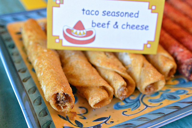 el monterey taco seasoned beef cheese