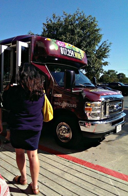 Grapevine Wine Tours shuttle bus