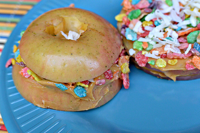 apple fruity pebbles stackers