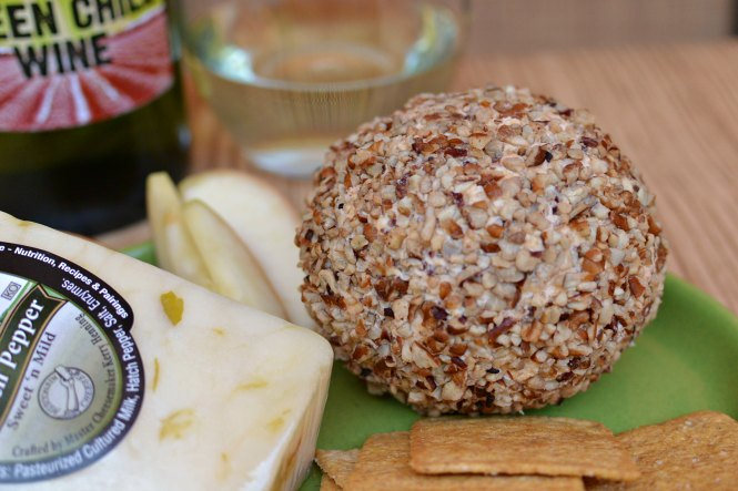 green chile cheddar cheese ball