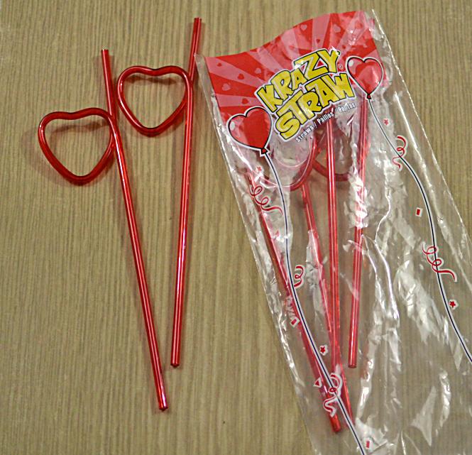 Krazy-Valentines-Straws