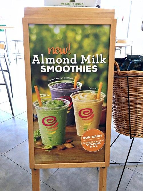 Cara Membuat Almond Milk Dengan Slow Juicer : Jamba Juice s Creamy New Line of Almond Milk Smoothies - Three Different Directions