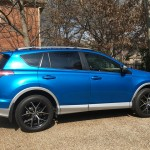 2016 Toyota RAV4 SE AWD – a Beautiful Utility Vehicle